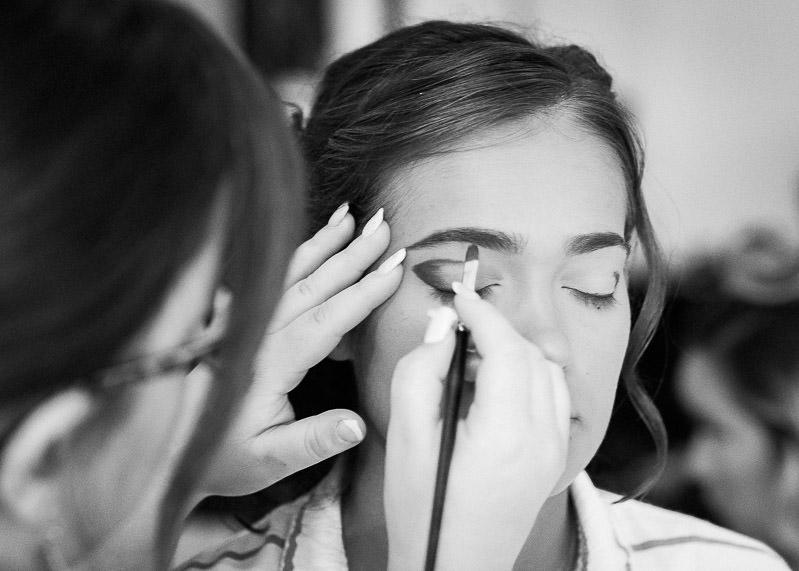 Préparatif de la mariée - maquillage