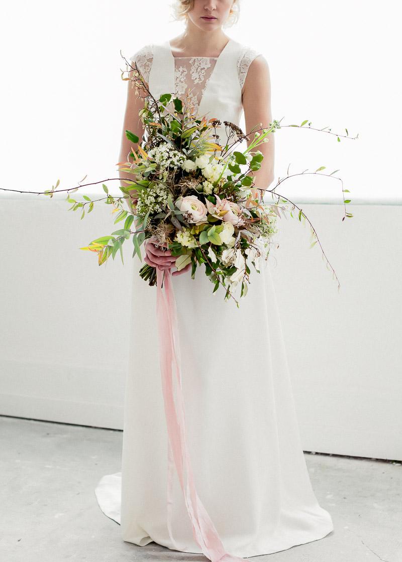 bouquet de fleurs pour mariageavec ruban en soie