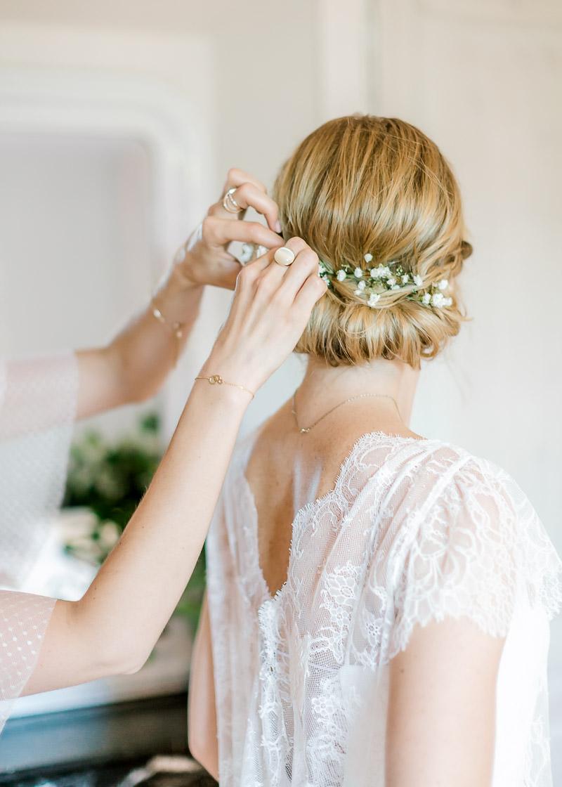 Mariage au domaine de la Genet!ère photographe à Lyon préparatifs