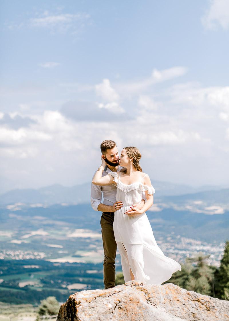 Shooting d'un joli couple à la montagne photographe Lyon