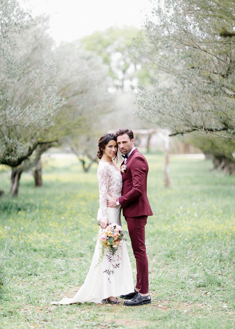 couple mariés face à face jardin aumérade pierrefeu-du-var
