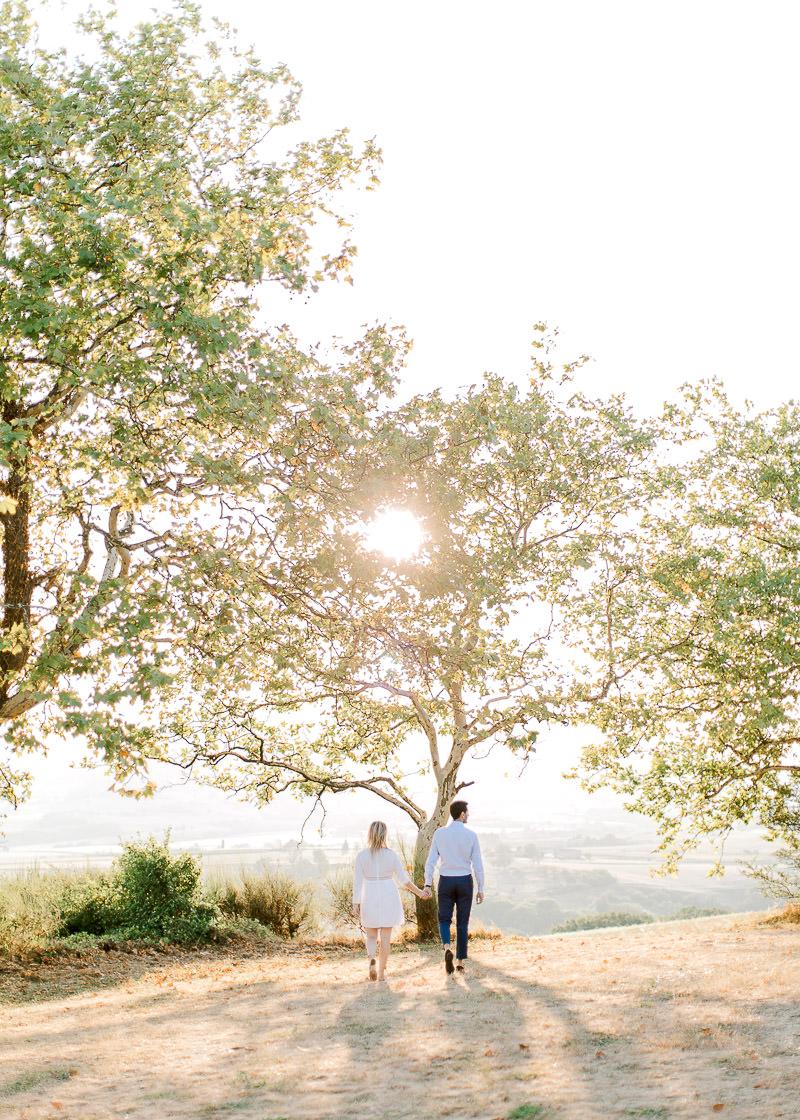 Photo de couple coucher du soleil