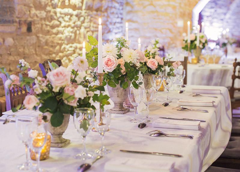 Table fleurie mariage chateau du sou