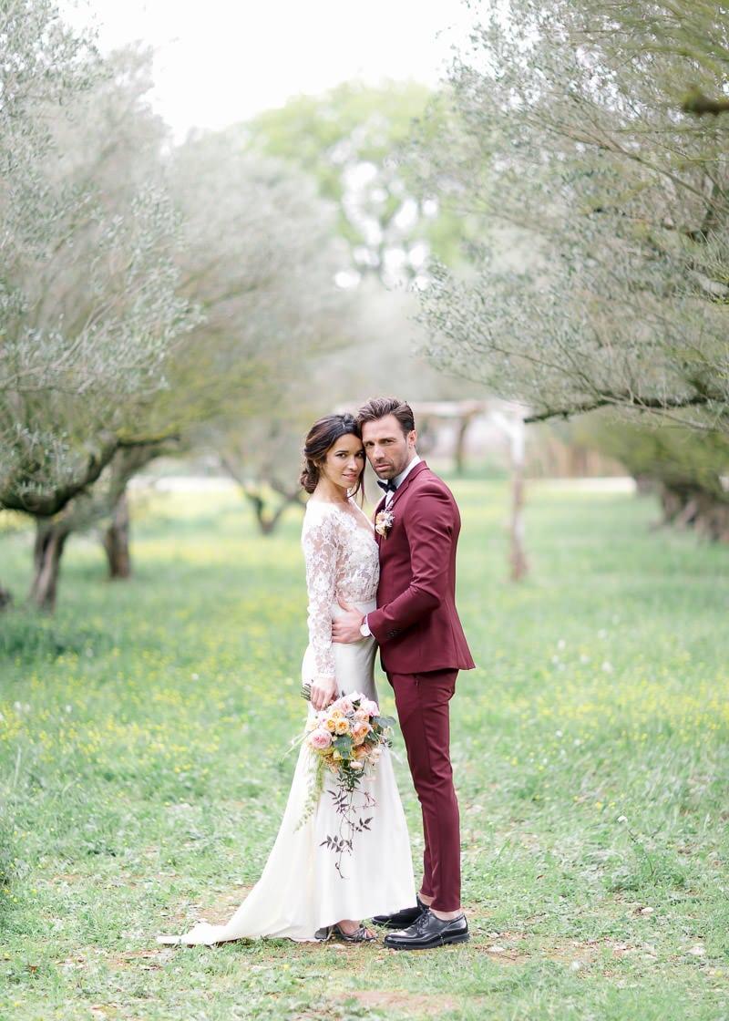 Lyon photographe mariage - Couple de mariés en provence