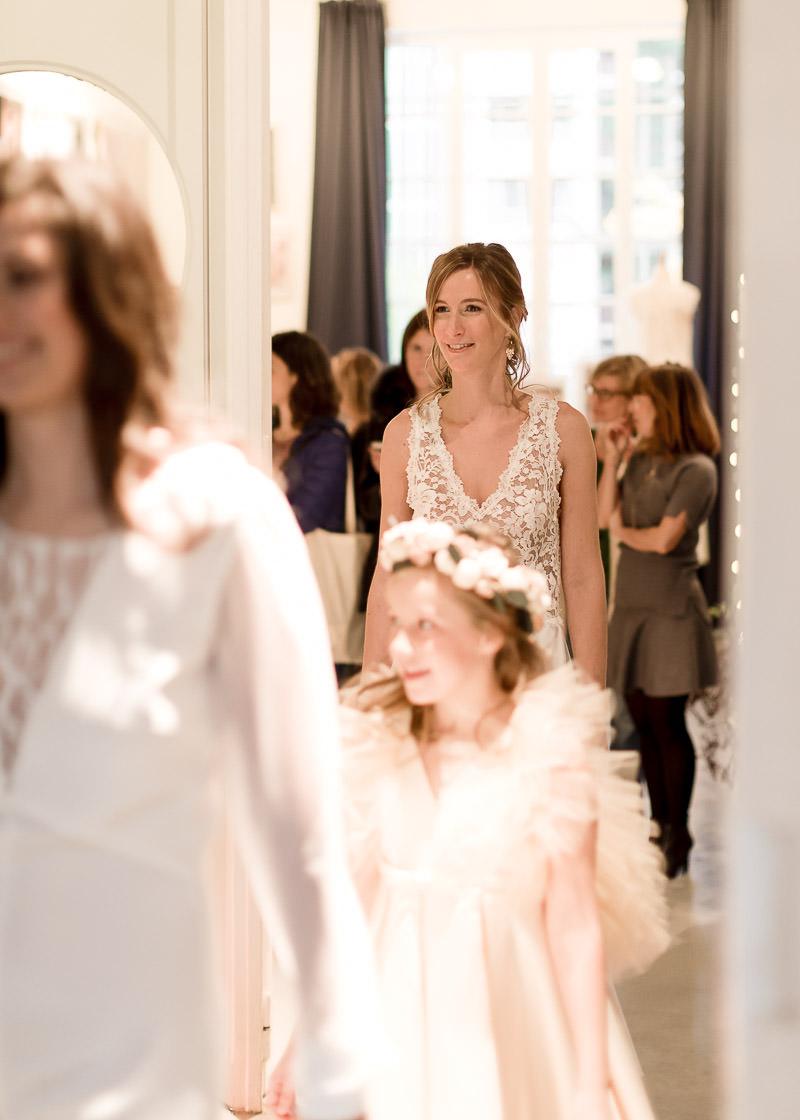 Défilé de mode mariage au festival du mariage à Lyon