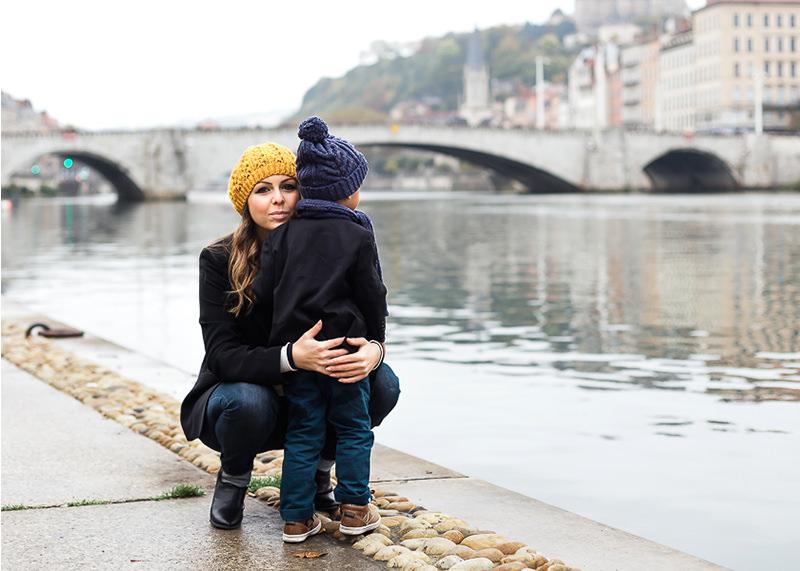 Photographe lifestyle Lyon - Maman et son fils