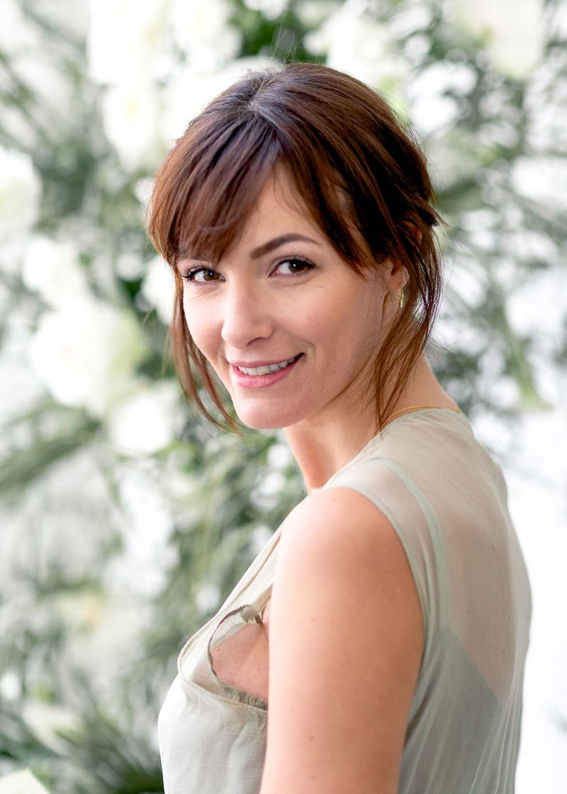 portrait d'une mariée brune