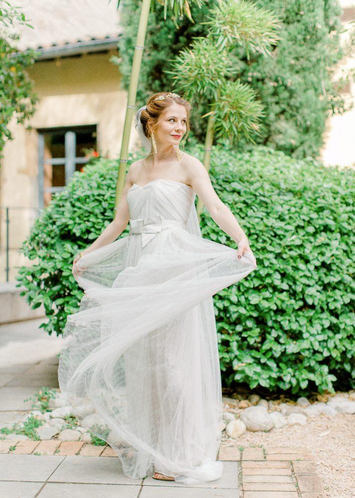 Mariée en robe fluide