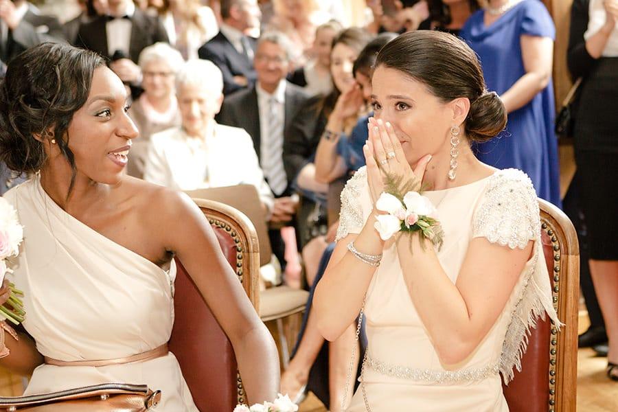 Émotion témoin de mariage à la mairie