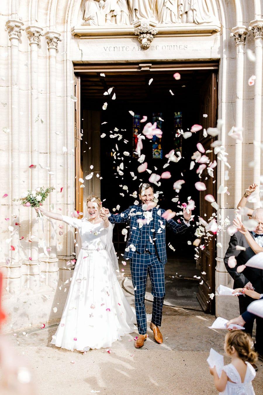 Sortie église des mariés