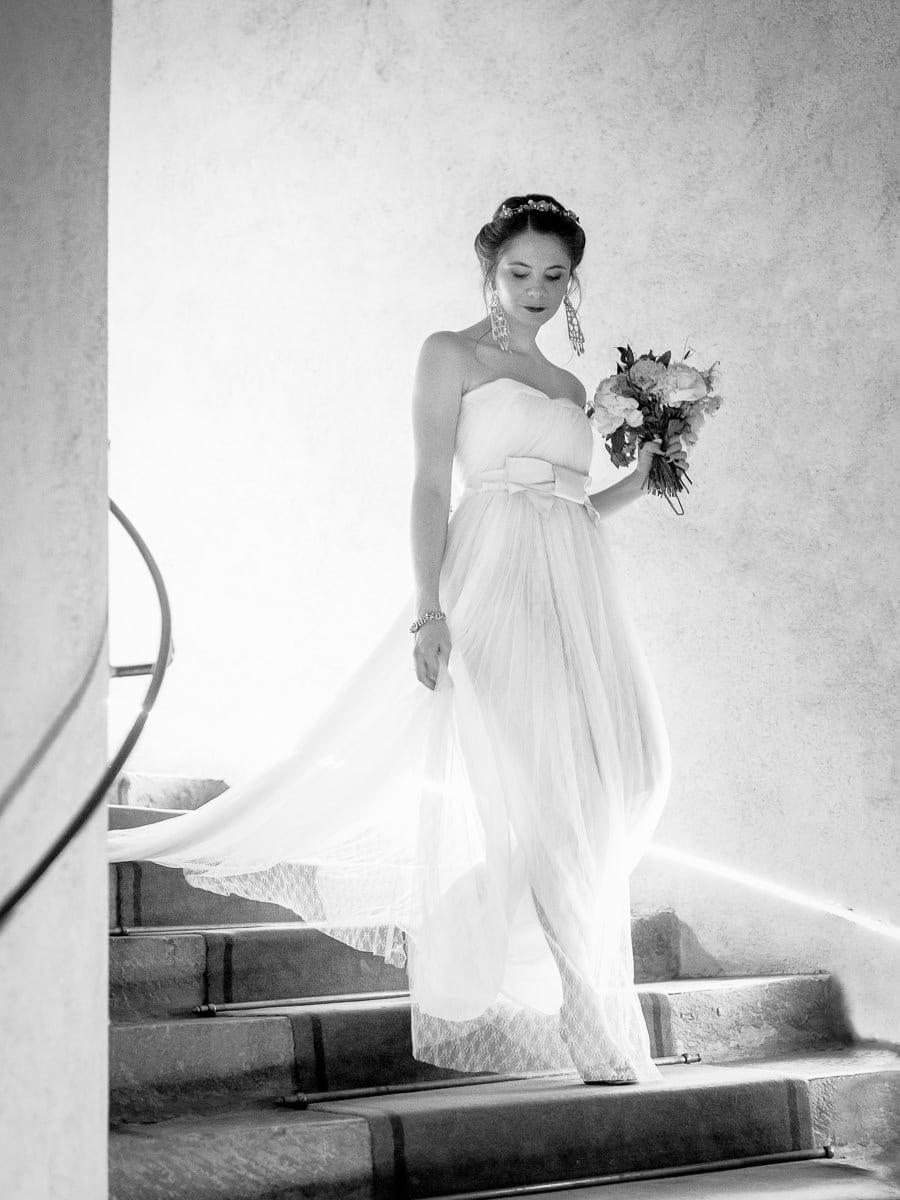 lumière arrière plan, mariée noir et blanc