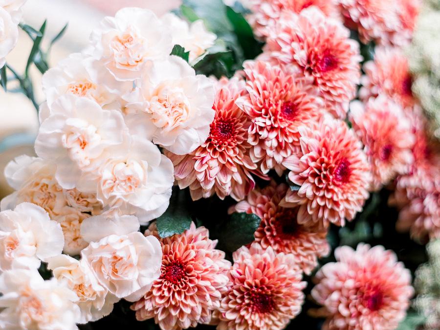 fleurs pour mariage rose et rouge