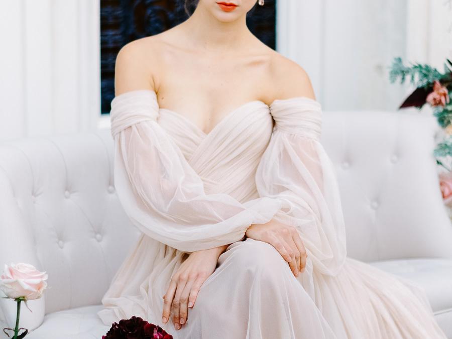 robe de mariée en mousseline de soie rose