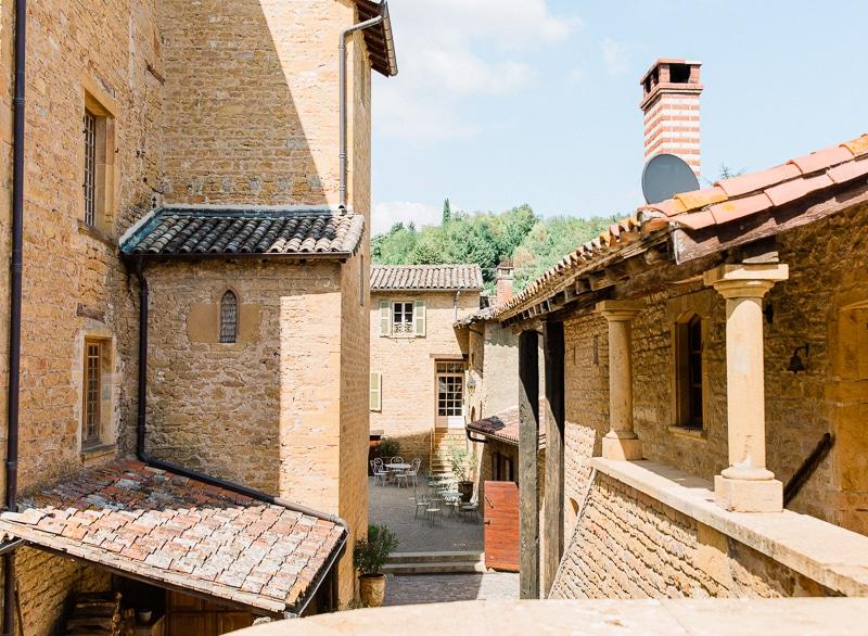 Cour interieur du chateau du sou